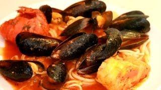 ВИДЕО РЕЦЕПТ \ Паста с морепродуктами в томатно-чесночном соусе by SalvoTV