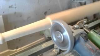 видео Изготовление балясин из дерева