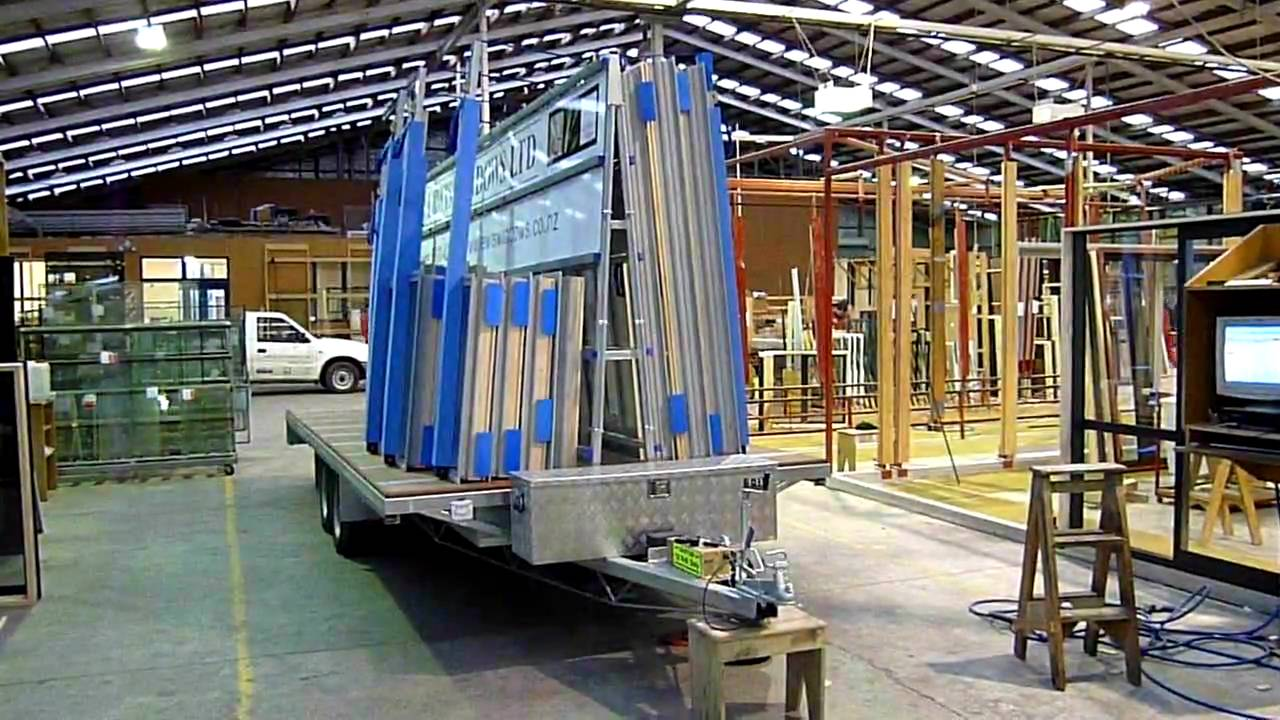 The glass racking company 6m long window transport trailer for Window and door company
