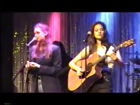 Ashley & Alexia at Hon-Dah Casino 6-10-99 Set 2