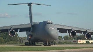 Massive Lockheed Martin C-5M Super Galaxy arrives at Oshkosh