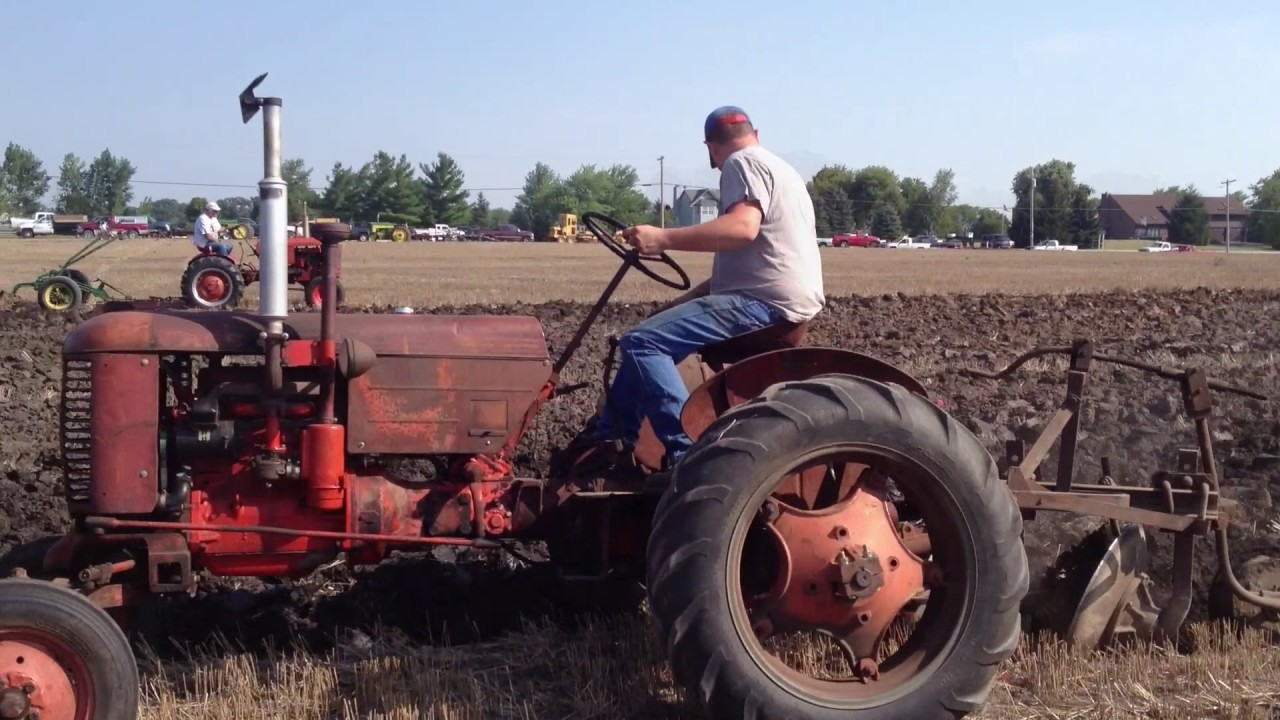 Case Vac Plowing : Case vac plows with eagle hitch youtube