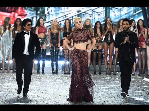 Lady Gaga STEALS the 2016 Victoria's Secret Fashion Show, Gets Her Wings