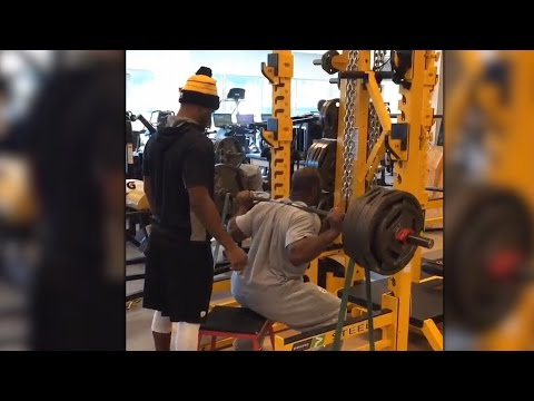 James Harrison proves once again that he's stronger than all of us