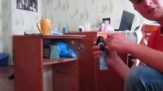 Уничтожение тараканов(прикол)(, 2013-06-11T18:02:32.000Z)