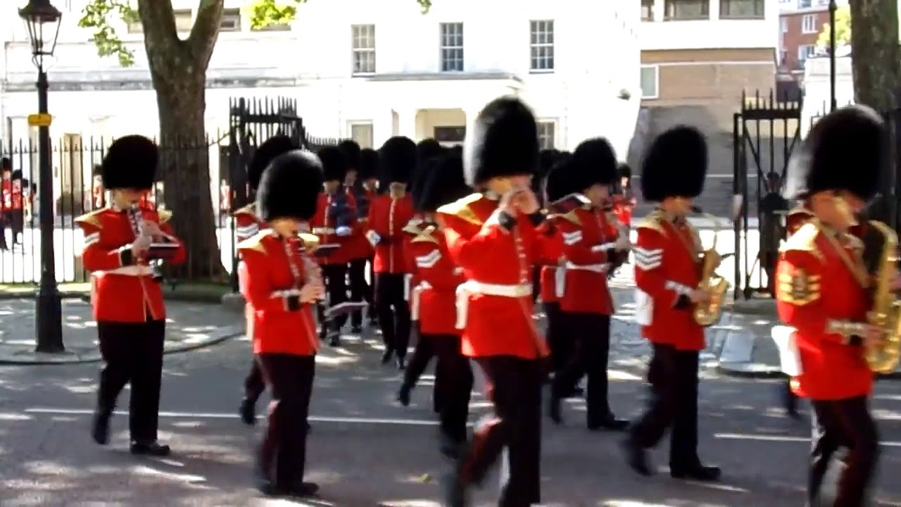 Trooping The Colour 2019: Major Generals Review March Off: Band Of The  Scots Guards