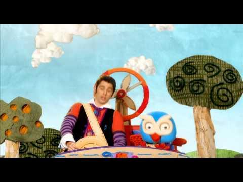 GIGGLE AND HOOT - The Gigglemobile