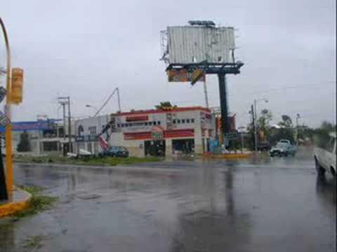 Huracán Isidoro en imágenes: sept. 22 '02
