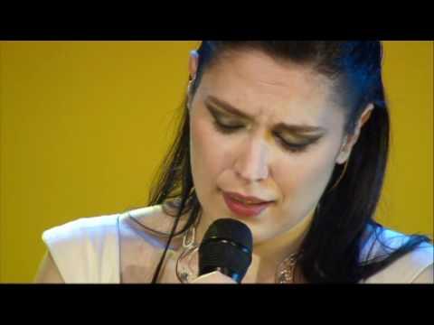 """""""Eu Tenho Um Melro"""" - Deolinda no Coliseu dos Recreios 2011"""