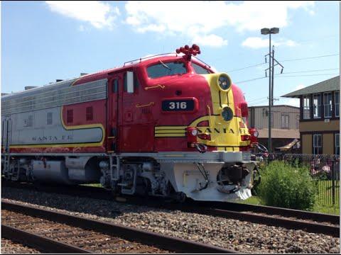 Railfanning Rosenberg,TX 9/19/2015 with the Santa Fe warbonnet F7's!!! Fall Fun Fest