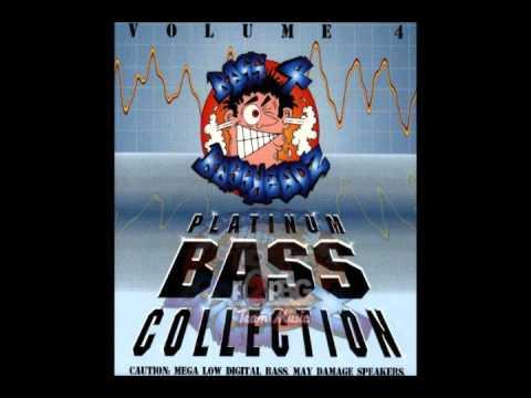 Strikkly Drum & Bass (Bass Hit) [Bass 4 Bassheadz Vol. 4 Platinum Bass Collection]
