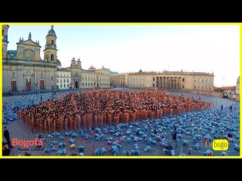 Por qué los Bogotanos se desnudaron en la plaza de Bolivar ?