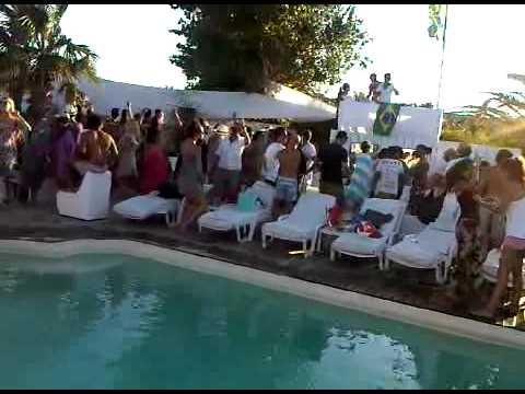 Pool @ Saint tropez  23-07-2010 (I love my city)