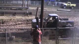 Jump & Run Hill n Hole Mud bog Hubert NC, Aug 7th 2010.wmv