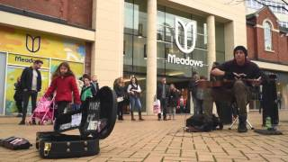 Amazing Slide Guitar Busker!  Morf, Live in Chelmsford, UK