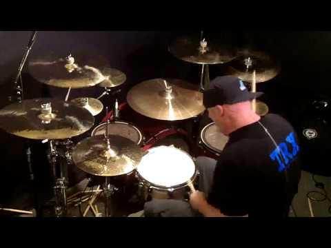 Paul Gilbert - Jackhammer [Drum Instrumental]
