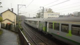 -Intercités- BB15016 + 15010 en véhicule sur un W