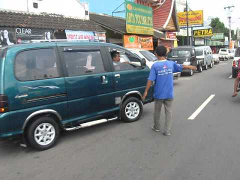 Bursa Jual Beli Mobil Bekas Di Sepanjang Jalan Magelang Yogyakarta