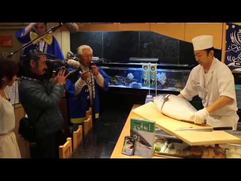 Yellowtail Fish Cutting And Filleting Show - Hamashi Sashimi Sushi Restaurant
