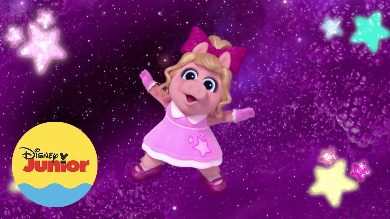 Download Piggy y Gonzo   Hora del Show   Muppet Babies
