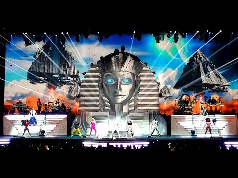 DJ BoBo - Love Is All Around (Mystorial Tour Live)
