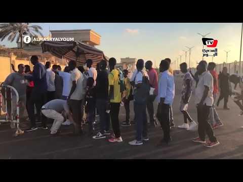 جماهير «اطلع بره» تصل ستاد برج العرب لمؤازرة فريقها أمام الأهلي ببطولة أفريقيا  - 19:54-2019 / 8 / 11