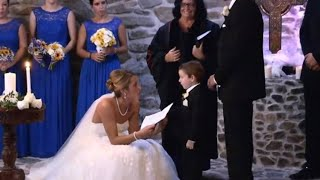 As This Bride Was Reciting Her Vows, She Suddenly Picked Out Her Groom's Ex And Told Her To Stand Up