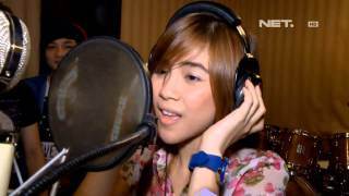 Entertainment News - Christy Cherrybelle rekaman album solo