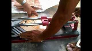Alat potong keramik vs tang potong 1