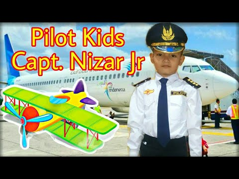 pilot-kids-captain-junior-nizar-❤️-learns-take-off-and-landing-plane-❤️-cute-ball-pit-baby-toys-song