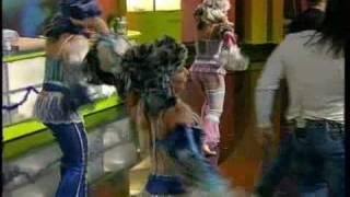 Смотреть клип Чай Вдвоем - Новогодний Поцелуй