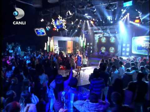 Beyaz Show @ Ebru Gündeş - Telafi