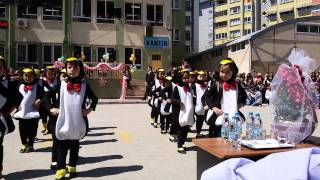 Penguen dansı (anaokulu)
