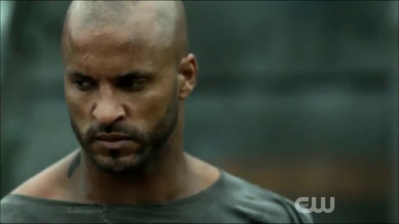 The 100 3x09 - Lincoln's Death - YouTube
