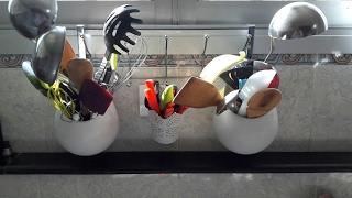 بعض الحيل لتنظيم ادوات المطبخ، و الاكسسوارات بمعلق الملابس