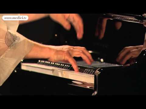 Elisabeth Leonskaja - Mozart - Sonata No. 12 KV 332