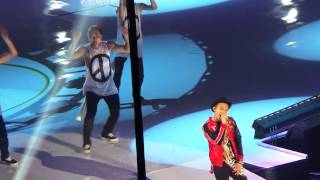 KCON 2014 G-Dragon - Who You? (Live Fancam)