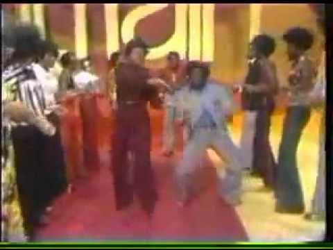 Don Cornelius Dances in Soul Train Line With Mary Wilson
