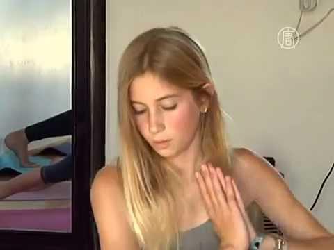 12-летняя девочка открыла свой класс йоги (новости)