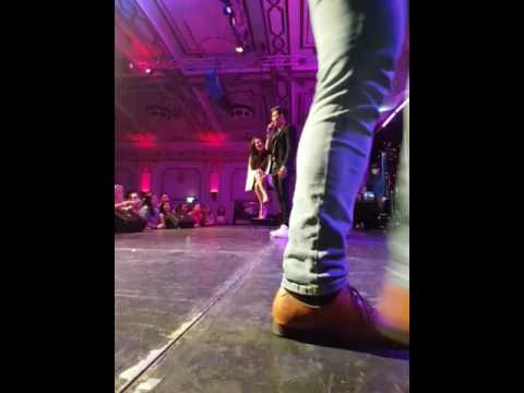 Dani J singing to Romina Anaquin - at Bachatea Melbourne International 2017