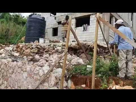 Building a House : Stone wall in Red Hills, Kingston Jamaica - Video 2