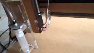 ЧПУ дозатор диспенсер для заливки смолой наклеек