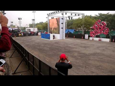 Hero Karizma Stunts