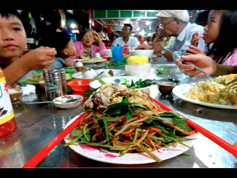 Dinner Along the Road at Thbong Khmum Province