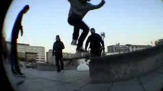 alexis frontside boardslide big spin out at BERCY  OMG SKATE