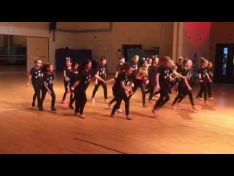 Senior Musical Theatre Christmas performance *I do not own this song and all credit and rights go t