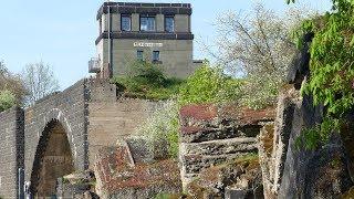 Die Ruine der HINDENBURGBRÜCKE am Rhein