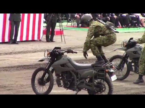 陸上自衛隊 偵察隊によるバイクアトラクション / 練馬駐屯地創立記念行事2016