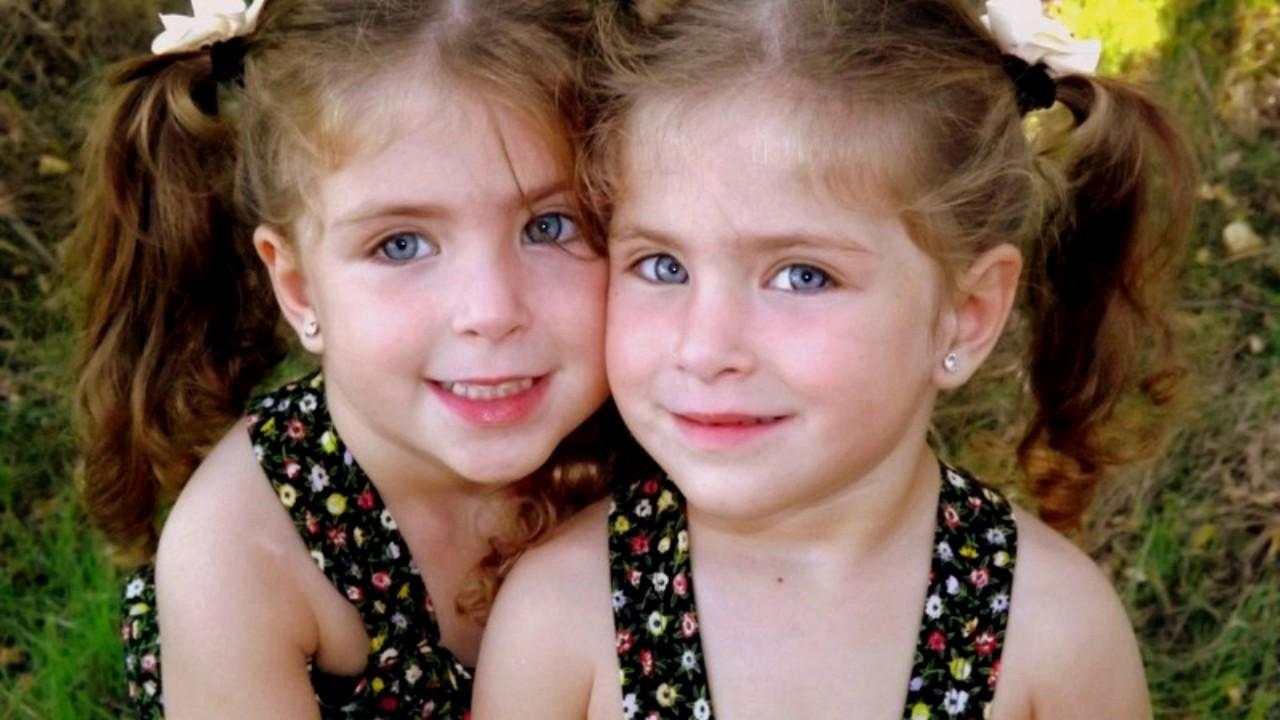 Difrent sex twins