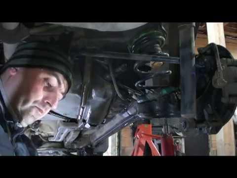 видео: Замена поперечных рычагов на lifan x60